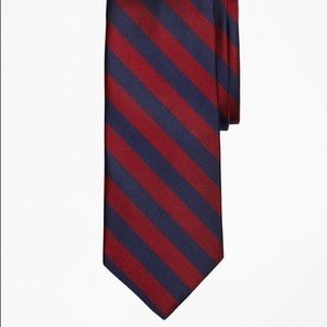 🎁 NWT Brooks Brothers BB#4 Rep Tie